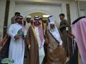"""الشيخ """" الجزيري """" يستقبل أمير المنطقة الشرقية في مجلسه بمدينة العمران ."""