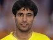 ذرفت دموع حسين عبدالغني بعد نهاية مباراة فريقه النصر امام الأهلي .