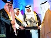 الأمير نواف بن فيصل يتوج نادي العروبة بكأس ركاء لأندية الدرجة الأولى