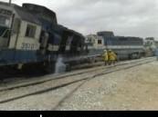 حادث تصادم بين قطاري بضائع يؤدي الى إصابة قائد القطار والمشرف بإصابات طفيفة ( مرفق صور حصريه ) .