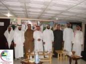 اللجنة الأهلية الصحية لخدمة المجتمع بالعيون وماجاورها (رعاية) تزور نادي العيون الرياضي .