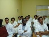 مركز الجبر لأمراض الكلى يستضيف استشاري جراحة الأوعية الدموية بمستشفى الملك فهد .