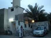 مسجد بورشود آيل للسقوط ومطالب بترميمه