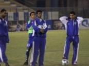 الفتح يبدأ استعداداته للقادسية والسليم يشارك اللاعبين في المناورة