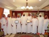بالغنيم يستقبل الحمدان والشمراني الفائزين بجائزة حمدان بن راشد للتفوق العلمي