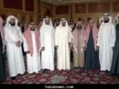 خادم الحرمين الشريفين يستقبل ذوي القتيل عثمان الهاجري وأسرة العبداللطيف