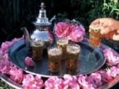 ثلاث أكواب من الشاي يوميا تبعد عنك سرطان المبيض .