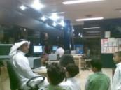 طلاب مدرسة عمر بن عبد العزيز بالمبرز يقومون بزيارة إستطلاعية لمحطة قطار الأحساء .
