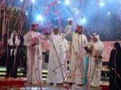 تخللتها مظاهرة نسائية … العجمي بالبيرق وحصة الثالث في مهرجان شاعر المليون