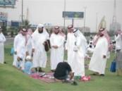 أكثر من 400 طالب وطالبة يشاركون في المرسم الحر ضمن فعاليات أسبوع الأصم 34 على شاطئ السيفة بالاحساء