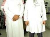 تعد الأولى من نوعها في مستشفى الملك عبد العزيز : نجاح زراعة قرنية يعيد الحياة لعين سيدة .