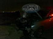إرتطام شديد لسيارة فجر اليوم  في عامود كهرباء يؤدى إلى إقتلاعه وإصابة ركابها الثلاثة بمدينة المبرز .