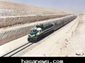 وفق مصادر ( الأحساء نيوز ) إحتكاك بين معدة ثقيلة ( كرين ) والقطار رقم ( 6 ) القادم من الرياض إلى الدمام يسبب ذعراً بين الركاب .