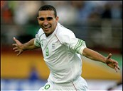 مونديال 2010: الجزائر تسحق مصر 3-1