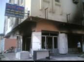 حريق في محل بيع أثاث في حي الرقيقة