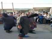 """""""داعش"""" تجلد 5 شبان لمجاهرتهم بشرب السجائر"""