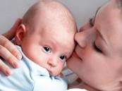 الرضاعة الطبيعية تقلل فرص إصابة الأم بالتهاب المفاصل
