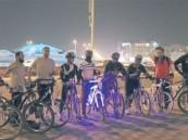 مواطن يبتكر حماية ضوئية لسائقي الدراجات بـ 450 ريالاً