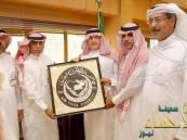 معالي مدير جامعة الملك فيصل يستقبل مدير بريد محافظة الأحساء