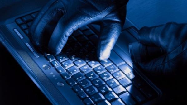 فيروس روسي غامض يصيب آلاف الكمبيوترات حول العالم
