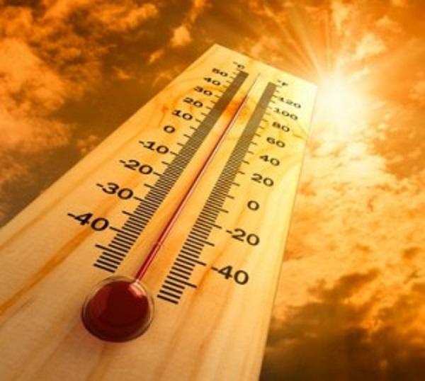 """الإنذار المبكر : ينبه إلى ارتفاع درجة الحرارة في """"الأحساء"""" وثلاث مناطق.. تعرف عليها هنا"""