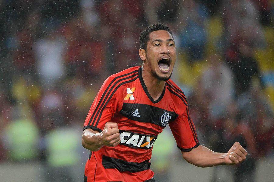 """""""النصر"""" يكمل أجانبه بالبرازيلي هيرناني دي سوزا"""