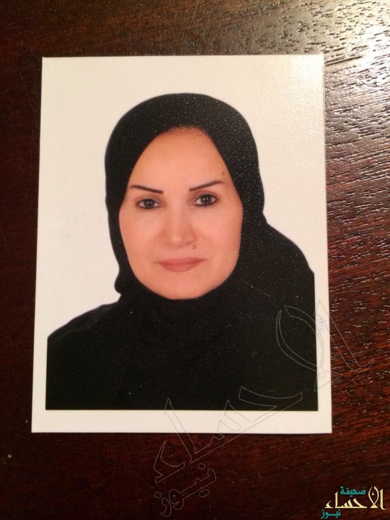 ( 19 ) امرأة من سيدات المجتمع يقدمن التعازي لأهالي شهداء  الدالوة