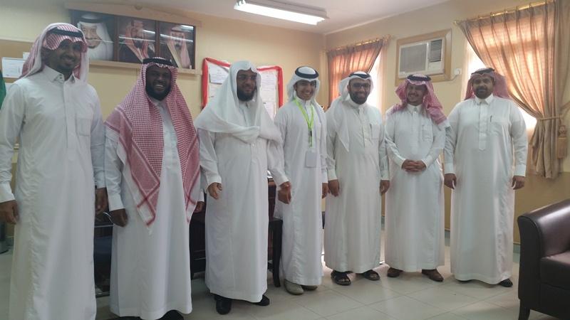 في سابقة متجددة مدرسة الأمير سلمان بن عبدالعزيز تقيم برنامج الطالب القائد