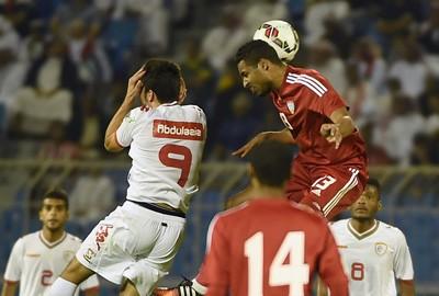 خليجي 22 : منتخب الإمارات حامل اللقب يتعادل مع عمان