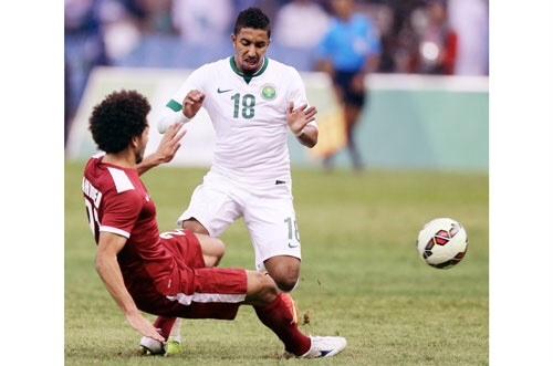 """الإعلامي """"عصام سالم"""" لاعبو الهلال أطاحوا بالأخضر في خليجي 22"""