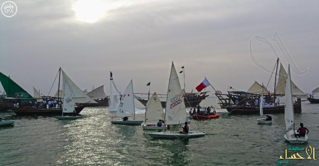 بمشاركة 3000 قارب… تنظيم أول سباق للقوارب الشراعية على شاطئ الدمام
