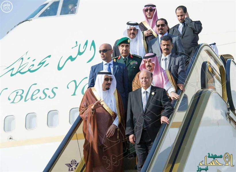 بالصور… خادم الحرمين يصل إلى الرياض يرافقه رئيس الجمهورية اليمنية