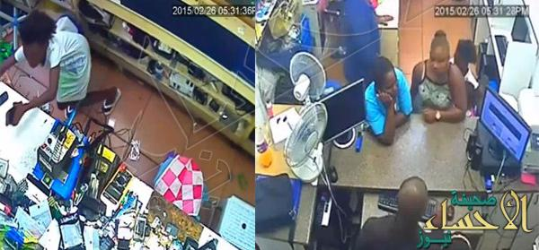 بالفديو… امرأة نيجيرية تستخدم طفلة في سرقة هاتفين من محل تجاري