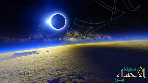 الفلكي سلمان الرمضان: الجمعة ٢٠ مارس القمر في ولادة الجديد