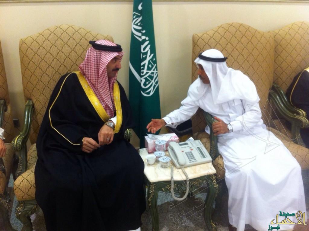 """بالصور… سمو الأمير عبدالعزيز بن محمد يعزي أسرة """"الملحم"""""""