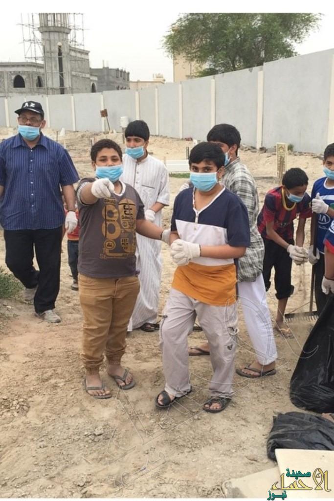 """طلاب الرميلة الإبتدائية يشاركون في حملة """"لتبقى مقابرنا نظيفة"""""""