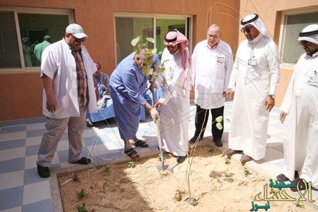 الدكتور المسعد يدشن قسم التأهيل والعلاج بالعمل بالصحة النفسية
