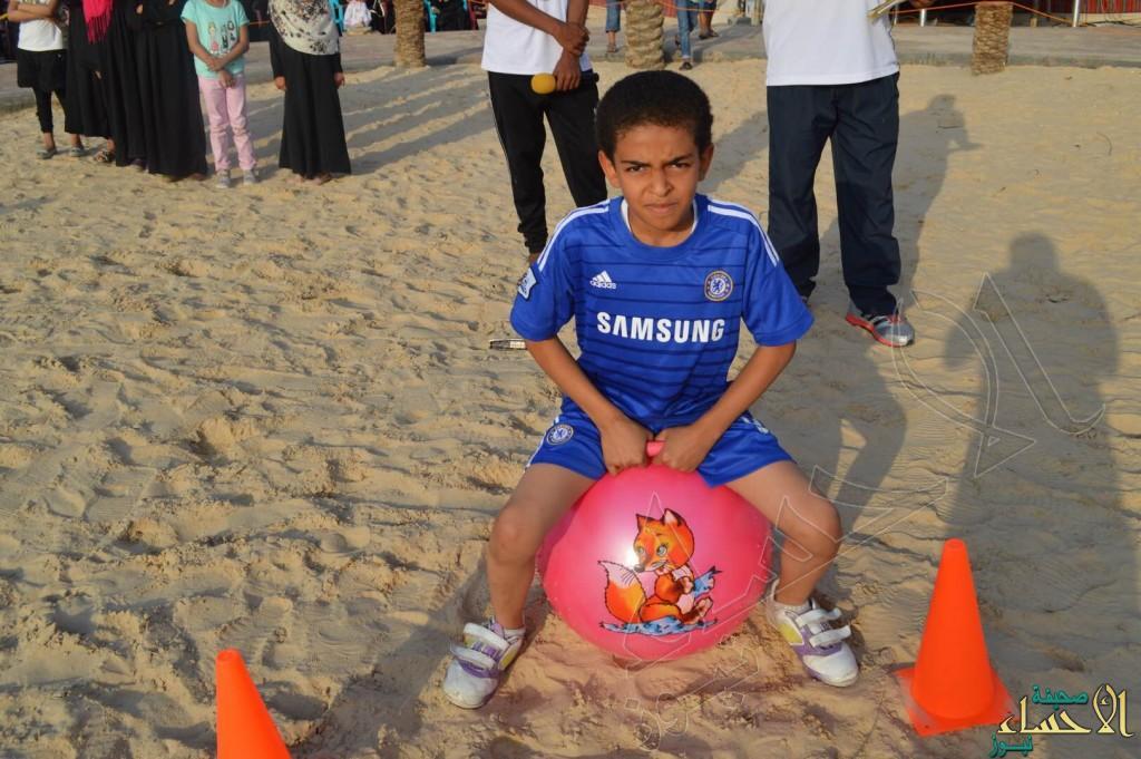 """بحضور وفود أجنبية… """"العمران"""" الفنية تبهر الزوار بمهرجان الرياضات الشعبية"""