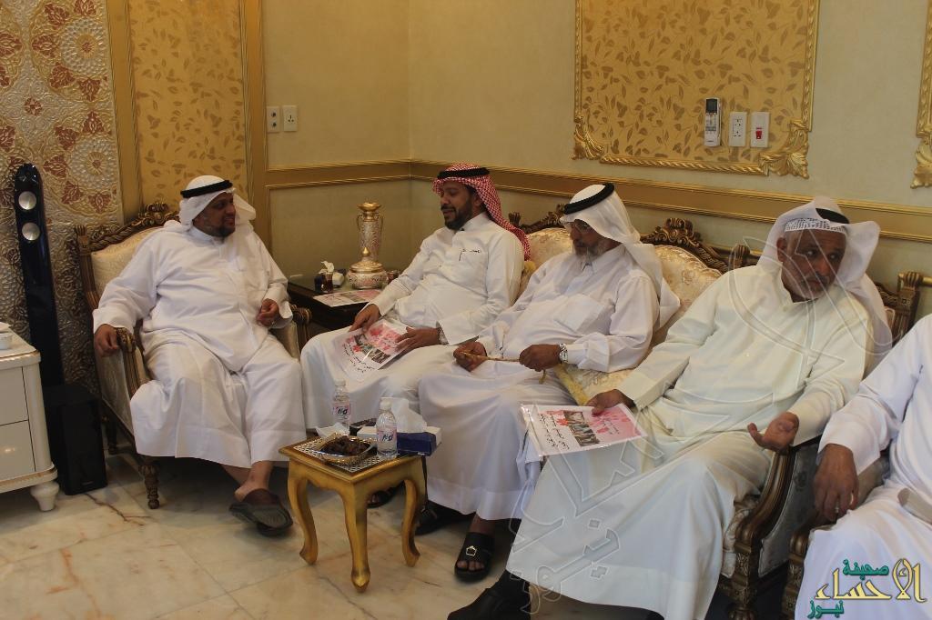أسرة الفزيع تحتفل بأبناء عمومتها