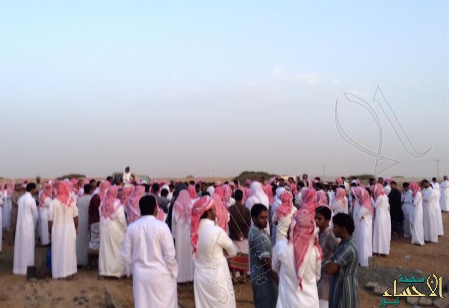 بالصور.. جموع من المواطنين والمقيمين تشارك في تشييع الشهيد العارجي بجازان