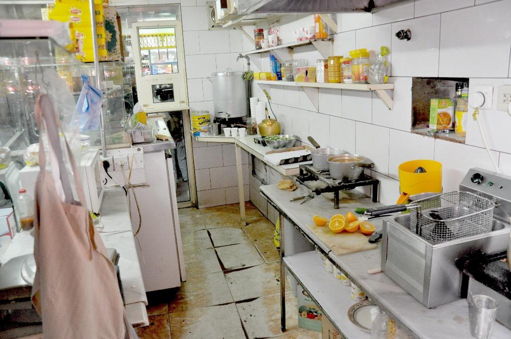 منافذ تحضير اغذية مخالفة للاشتراطات الصحية