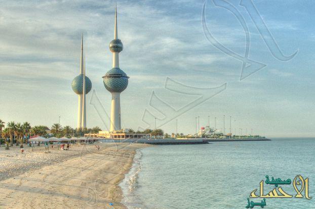 الكويت تفرض رقابة محدودة على دخول السعوديين أراضيها