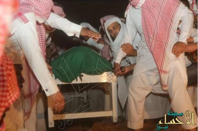 """بالصور.. الصلاة على الشهيد الحربي في المسجد النبوي.. ودفنه في """"البقيع"""""""