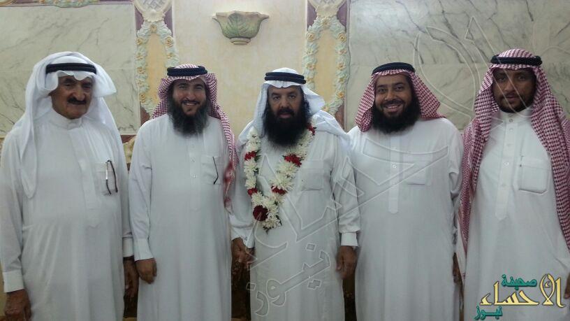 """نادي الحي بالعيون يكرم """"المهنا"""" بعد تقاعده"""
