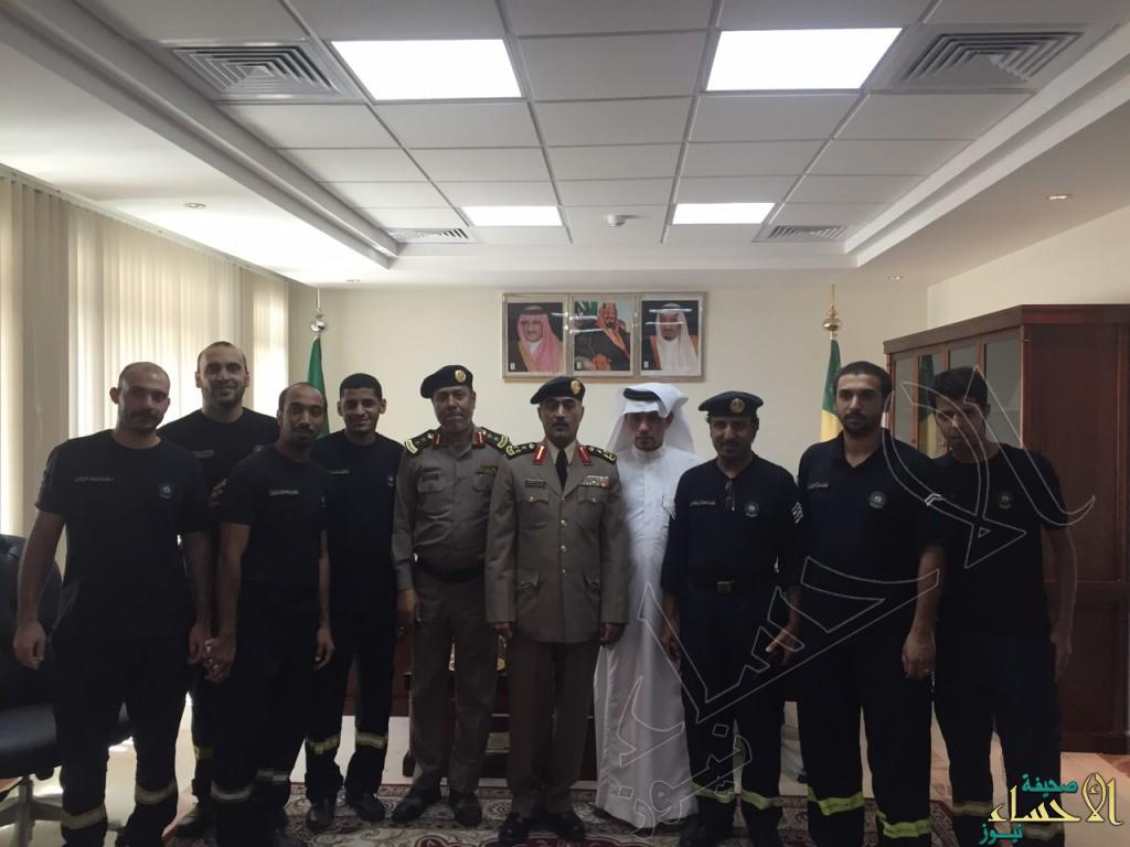 فرقة الدفاع المدني بمحاسن تعايد مدير الإدارة بالأحساء