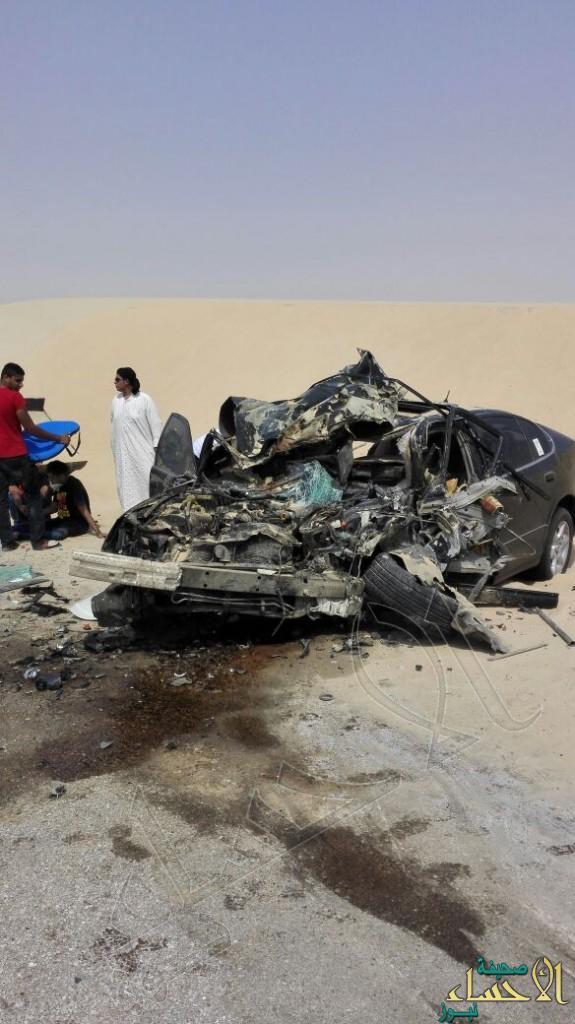 """بالصور… حادث مروع يصيب ثلاثة أشخاص على طريق """"الجشة – العقير"""""""