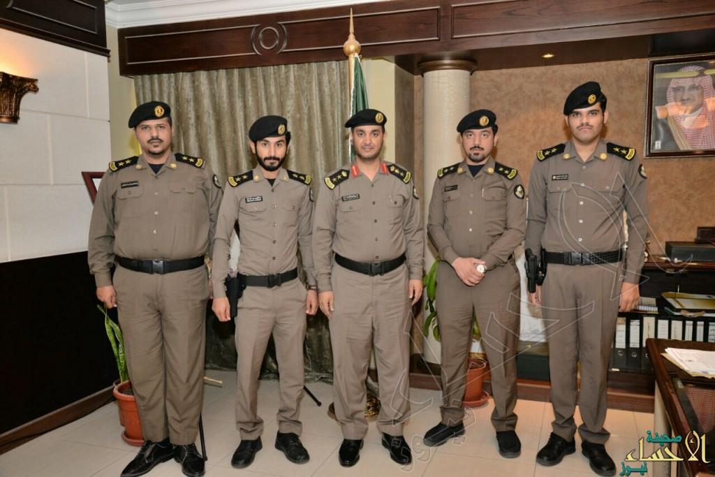 شرطة #الأحساء تقلد ضباطها الرتب الجديدة