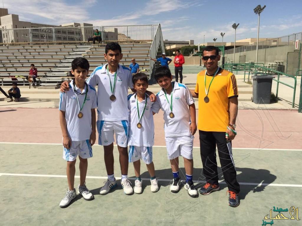 اختيار 4 لاعبين من نادي القارة ضمن المنتخب الوطني للتنس الأرضي