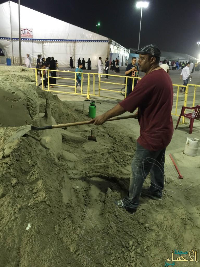 """بالصور.. ابن #الأحساء الفنان  """"ابو الفرح"""" يشارك في مهرجان القطيف 6"""