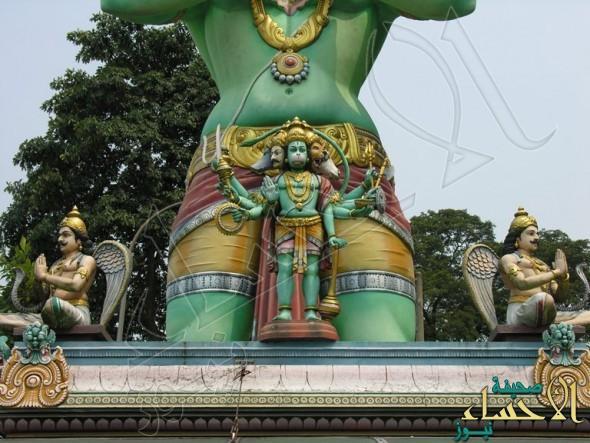 """""""أبوظبي"""" تسمح ببناء معبد هندوسي.. و""""الكلباني"""" يعلق بتصريح ناري"""
